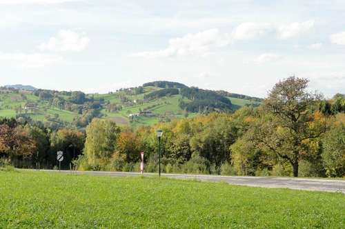 978 m² Baugrund in Aussichtslage im Grünen