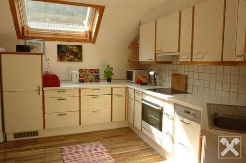 Dornbirn-Gechelbach: großzügige 3,5 Zimmer Wohnung mit Balkon, Garten, Kellerabteil und Garage zu verkaufen.