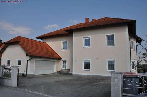 Horizontal geteilte Haushälfte Erdgeschoss- 135 m² mit Garage und Gartenbenützung