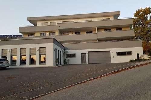 Penthousewohnung 20 km von Linz, drei Minuten fußläufig zum Bahnhof und Bus!