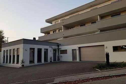 68 m² Wohnung mit riesiger Terrasse! Bus und Bahn fussläufig erreichbar.