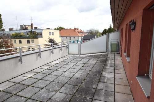 Micro Wohnung mit großer Terrasse