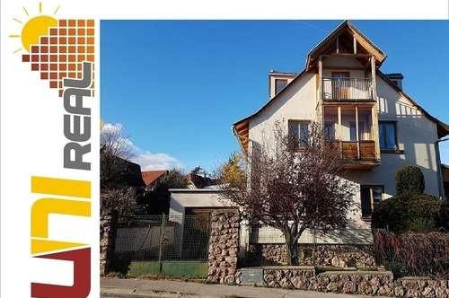 - UNI-Real - Liebevoll adaptiertes Haus im Villenviertel