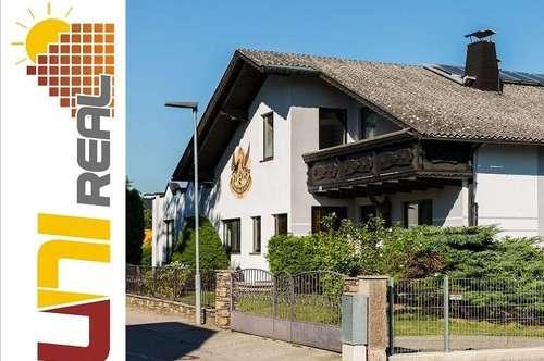 - UNI-Real - Schwimmhalle mit Top-Villa/Haus