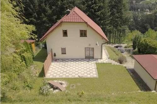 - UNI-Real - Wohntraum am Waldrand!