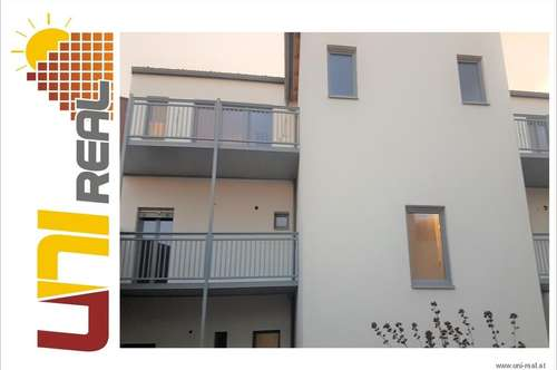 - UNI-Real - Exklusive Dachgeschoßwohnung mit Terrasse