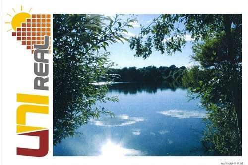 - UNI-Real - Bauträgeranwesen mit See