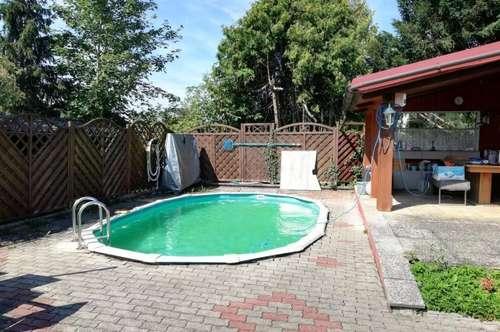 Wohlfühlen und entspannen! Wohn-oder Wochenendhaus mit Pool!
