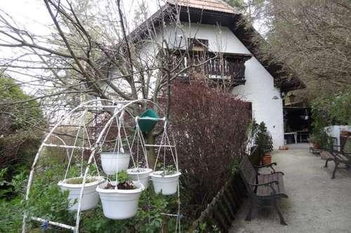 Haus am Waldrand in EINZELLAGE