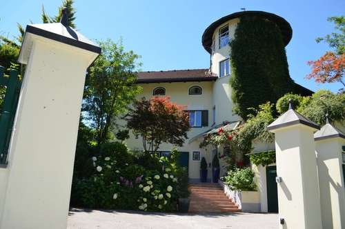 Traumhaft gelegene Villa bei Salzburg