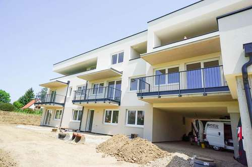 Traumhafte Penthouse Wohnung mit großer Terrasse in ruhiger Lage