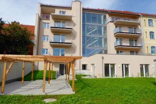 2-Zimmerwohnung in sehr zentraler Lage mit großer Terrasse