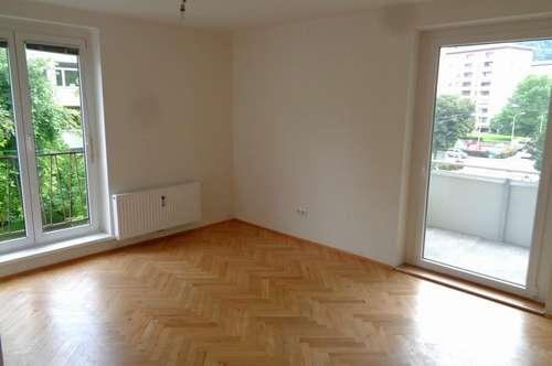 Neuwertige 4 Zimmerwohnung in Graz-Geidorf mit Balkon