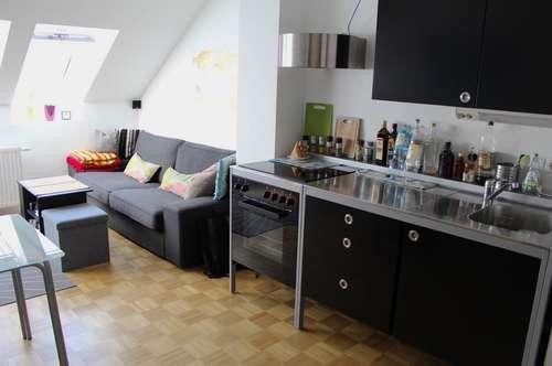 Stylische Altbauwohnung mit Garagenplatz - Graz - Innere Stadt