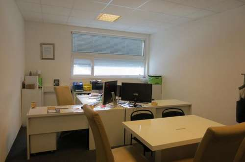 Büroraum in Grambach mit perfekter Verkehrsanbindung und kostenlosen Parkplätzen