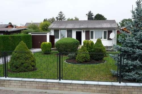 MASSIVES Sommerhaus mit schönem Garten