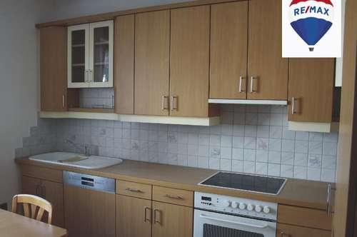 EINMALIG! Stilvolle 4 Zimmer-Wohnung mit XXL-Kellerabteil