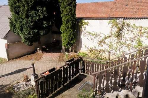 Wohnhaus im Zentrum von Lackenbach !