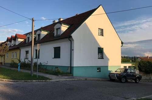 Sanierungsbedürftiges Mehrfamilienhaus mit herrlichem Fernblick