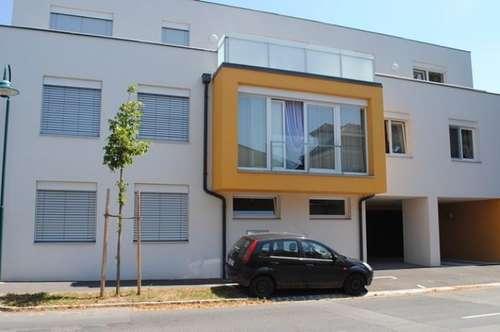 Schöne Dachgeschoßwohnung mit Terrassen im Zentrum von Wolkersdorf - Top 8