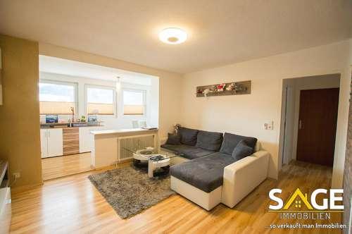 Renovierte 2-Zimmerwohnung mit Wintergarten in zentraler Lage