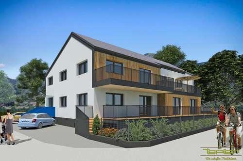 Grundstück mit Altbestand sowie erteilter Baubewilligung für Neubau mit 4 Wohneinheiten