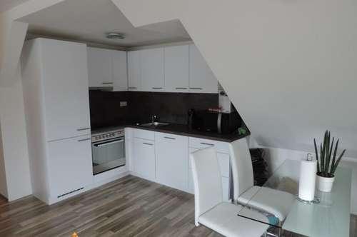 Dachgeschosswohnung - Top Ausstattung