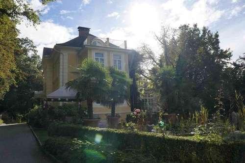 Herrliche Villa mit Park
