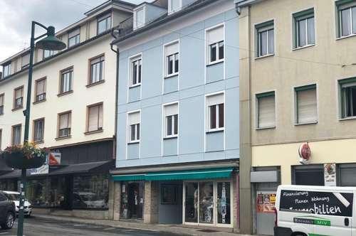 ERSTBEZUG nach SANIERUNG: Helle Wohnung im Zentrum (+ große Terrasse)