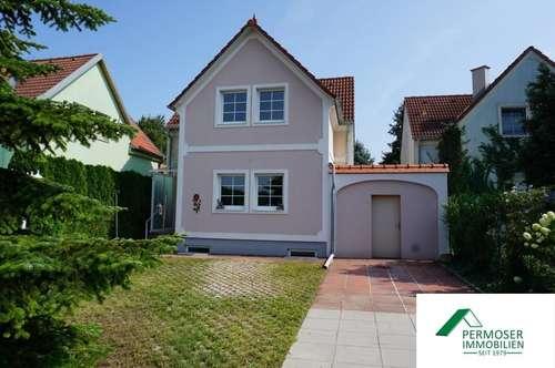 großzügiges Einfamilienhaus mit vielen Extras wie beheiztem Gartenhaus, Wintergarten, Kamin und Sauna;