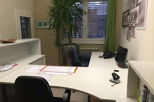 moderner, möblierter Büroraum inklusive Heizung und Strom zu vermieten