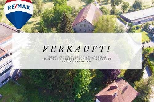 Riesiges Grundstück mit Altbestand: Stickereigebäude und Villa!