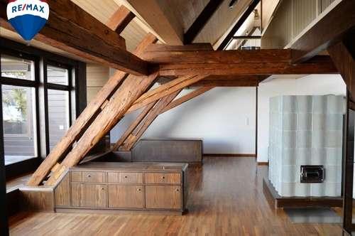 Gemütlich rustikale Dachwohnung