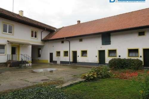 2042 Großnondorf: Geräumige Liegenschaft mit gr. Innenhof