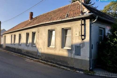2054 Haugsdorf: Günstiges Wohnhaus mit Nebengebäude