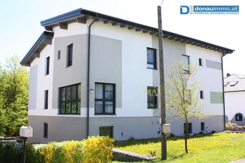 Luxuriöses Niedrigenergie-Doppelhaus - ein Dach, zwei Wohneinheiten mit 174 m2 und 180 m2 Wohnnutzfläche