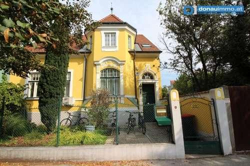 2700 Wiener Neustadt einzigartige Jugendstil Villa in zentraler Lage