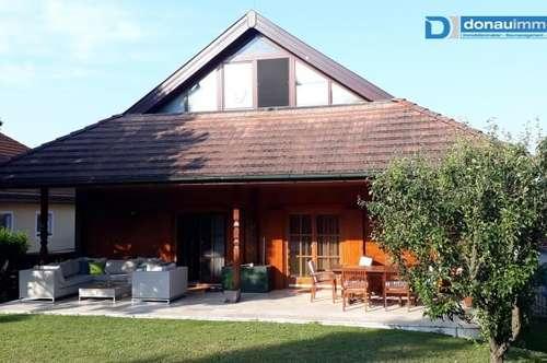 2120 Wolkersdorf im Weinviertel großzügiges Traumhaus mit wunderschönem Garten und Pool