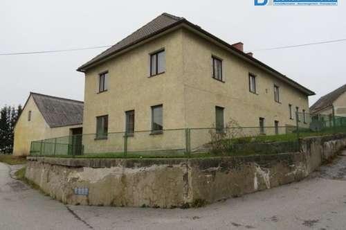 3944 Langschwarza: Wohnhaus mit Nebengebäuden und Grünland