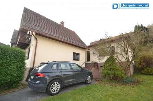 2870 Aspangberg-St. Peter, Liegenschaft mit zwei getrennten Wohnhäusern