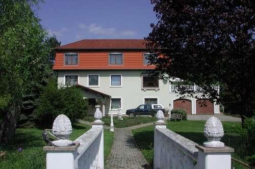 Repräsentatives Anwesen mit vielseitiger Nutzungsmöglichkeit - sonnig - ruhig - Natur pur, Bezirk St. Pöllten Land - Herzogenburg
