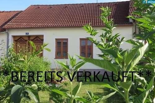 3743 Röschitz: Nettes Landhäuschen mit Innenhof und Vorgarten