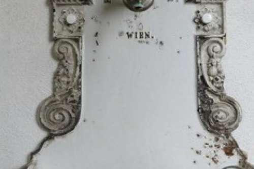 3730 Eggenburg: Jahrhundertwendeflair mit Garten