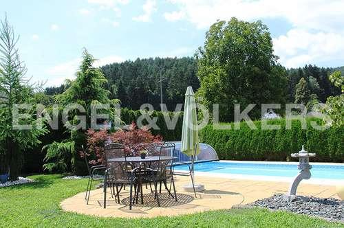 Familiendomizil mit Pool & Garten