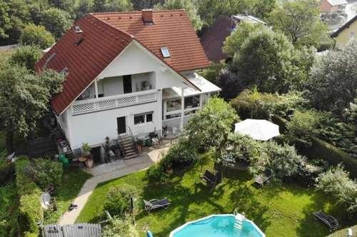 Großzügiges Zweifamilienhaus mit großem Grund in Gratwein/ voll unterkellert
