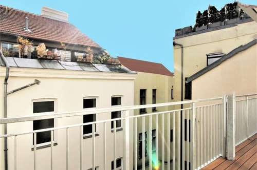 TOPKAUF 17m² SÜDBALKON 5.Liftstock SUPERSONNIG TOPZUSTAND HERRLICHES RENOVIERTES STILHAUS RUHELAGE SOFORTBEZUG