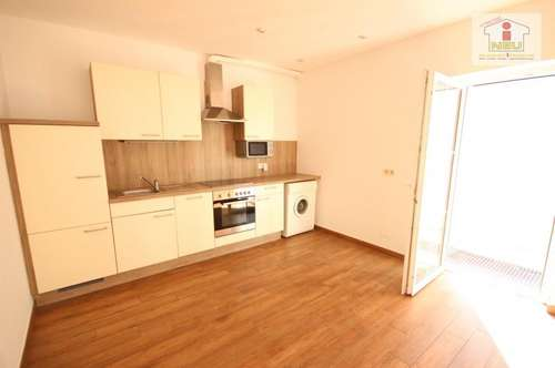 Schöne 2,5 - Zi Wohnung in Waidmannsdorf