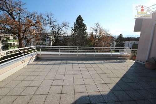 Junge 2 Zi Wohnung mit XL-Terrasse in Waidmannsdorf - Waffenschmiedgasse