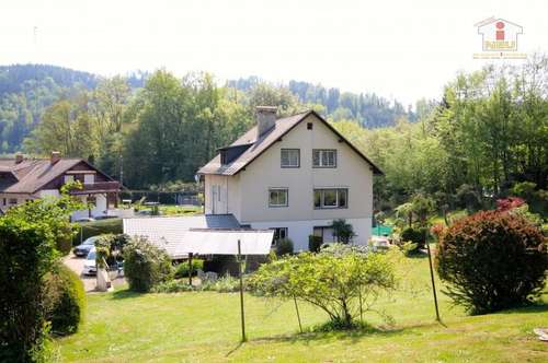 Großzügiges Wohnhaus mit 3.900 m² Baugrund/Nähe Krumpendorf