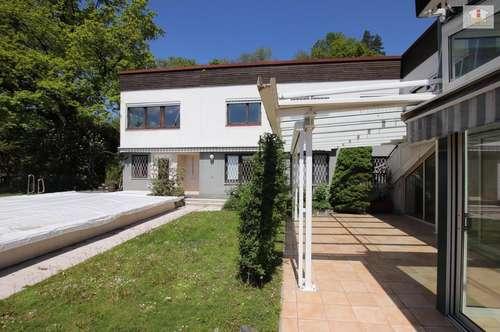 *TOP* Wunderschöne, sehr geschmackvolle Villa in bester Lage, Akazienhofstrasse mit Blick über Klagenfurt auf die Karawanken